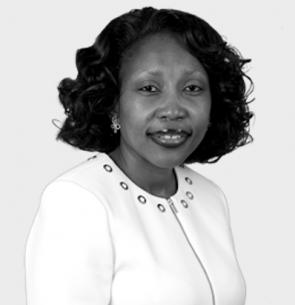 Mpumi Madisa